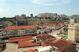 Luanda, cidade em movimento
