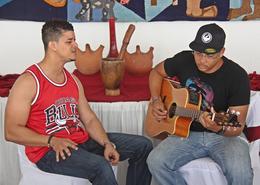 Denis Graça, o homem que canta para as mulheres