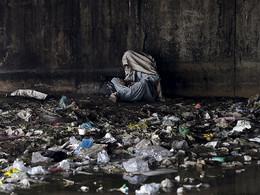 Consumidor droga em Kabul, Afeganistão