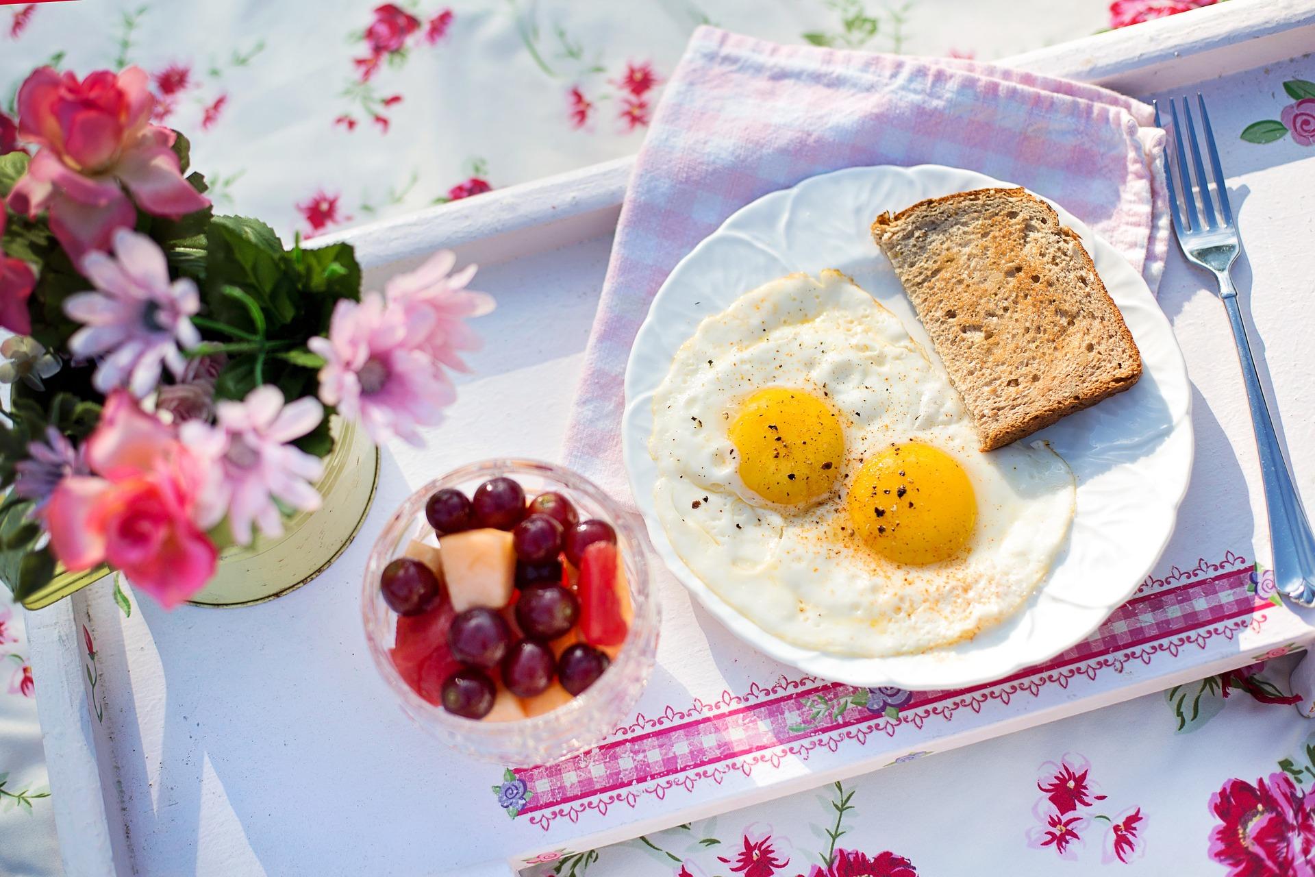 fried-eggs-846367_1920.jpg
