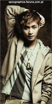 Lay (Zhang Yi-xing) 18211129_eaj3E